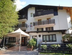 Pinzolo - Hotel CHALET FIOCCO DI NEVE ***