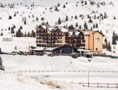 Passo Tonale - Hotel PIANDINEVE ****