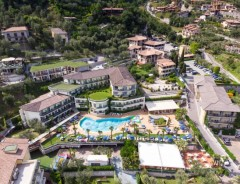 ROYAL_VILLAGE_LIMONE_01.JPG